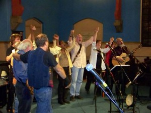 L1K members lead Solidarity Forever at the SingOut! Magazine 60th Anniversary party